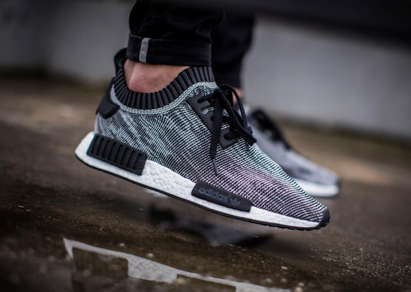 Adidas NMD R1 Femme & Homme Soldes Chaussures Adidas