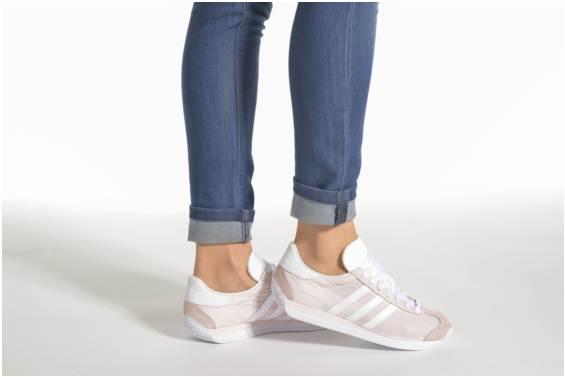 ee52d9b8a399da Prix de gros adidas originals country og w France vente en ligne, toutes  les gammes de chaussures Nike pour hommes et femmes outlet pas cher.