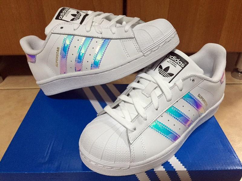 brand new 3ff7b 95e1b adidas superstar bleu irise