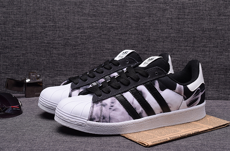 adidas superstar noir 44