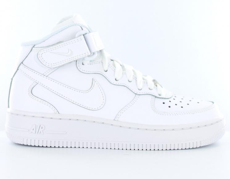 Prix de gros air force one blanche pas cher France vente en ligne, toutes  les gammes de chaussures Nike pour hommes et femmes outlet pas cher. af5a3be59f03