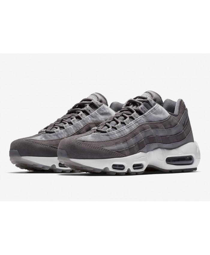 separation shoes b45da c72fa Prix de gros air max 95 grise femme pas cher France vente en ligne, toutes  les gammes de chaussures Nike pour hommes et femmes outlet pas cher.
