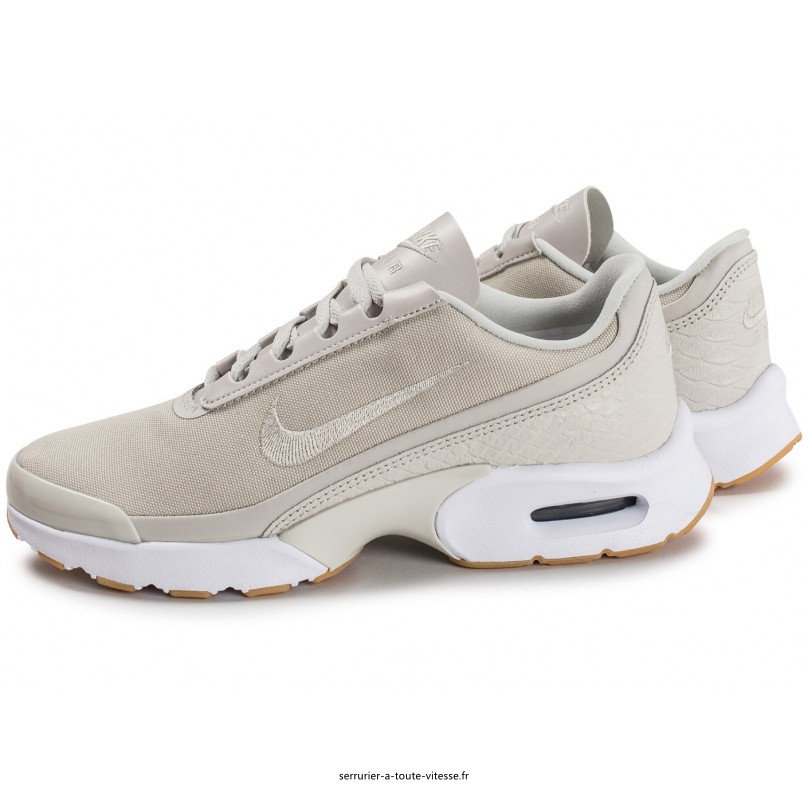 chaussure nike air max jewell pour femme