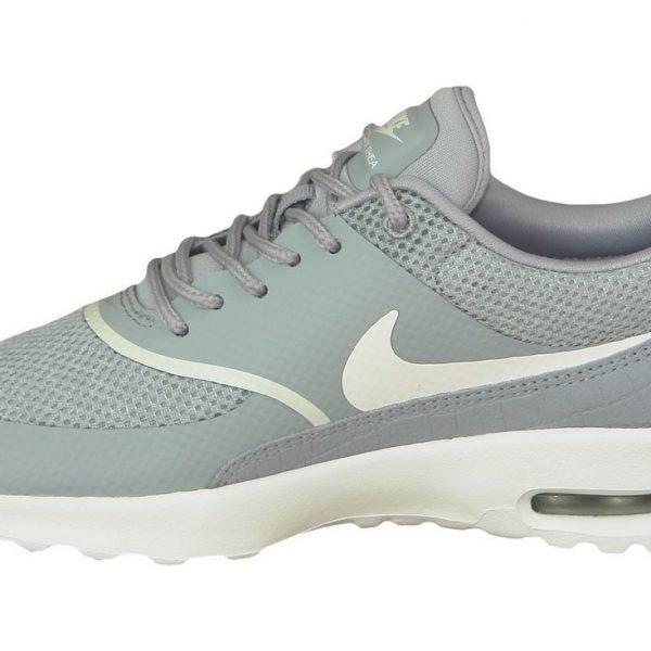 best website 91d3a fc645 Prix de gros air max thea gris rouge France vente en ligne, toutes les  gammes de chaussures Nike pour hommes et femmes outlet pas cher.