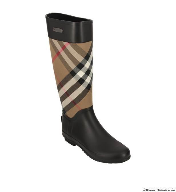 Prix de gros botte plastique burberry pas cher France vente en ligne,  toutes les gammes de chaussures Nike pour hommes et femmes outlet pas cher.  Livraison ... 54d1d10965b
