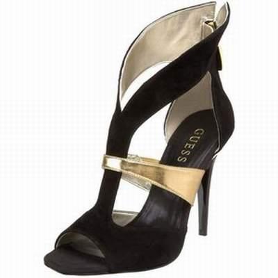 Prix de gros chaussure guess pas cher pour femme France vente en ligne,  toutes les gammes de chaussures Nike pour hommes et femmes outlet pas cher. b3b40495152